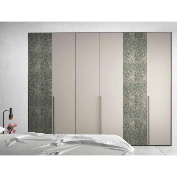 LISCIA - Модерен гардероб с врати на панти внос от Италия