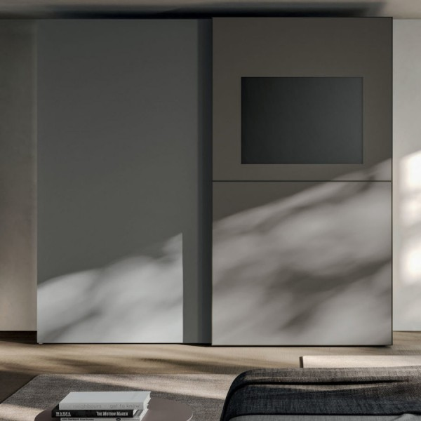 Модерен гардероб с плъзгащи врати и панел за TV, Vista