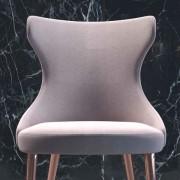 Трапезни маси и столове от Италия