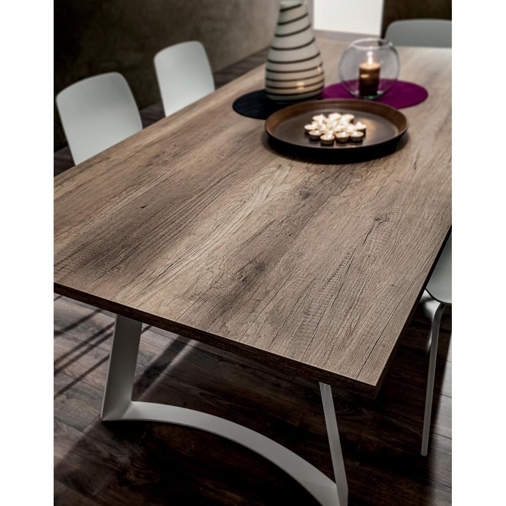 Трапезна маса с модерен дизайн от Италия, Бели метални крака, HPL / Primitive Oak