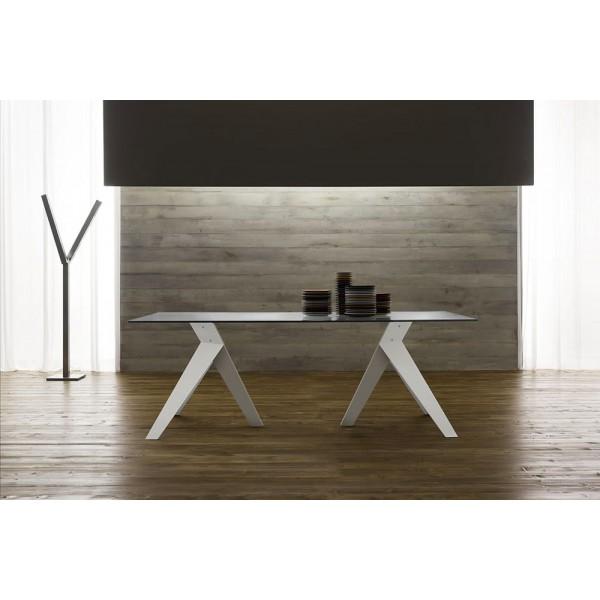 Модерна италианска маса за трапезария, стъклен плот
