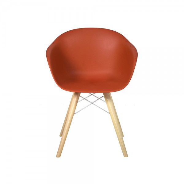 SMACK - Модерен италиански трапезен стол с дървени крака
